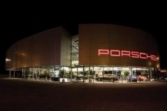 Автосалон Porsche г. Харьков2
